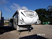 Coachmen-2019 Chaparral 298RLS-2
