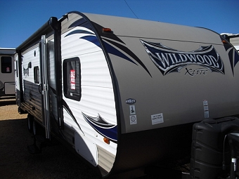 2015 Forest River Wildwood X-Lite T262BHXL