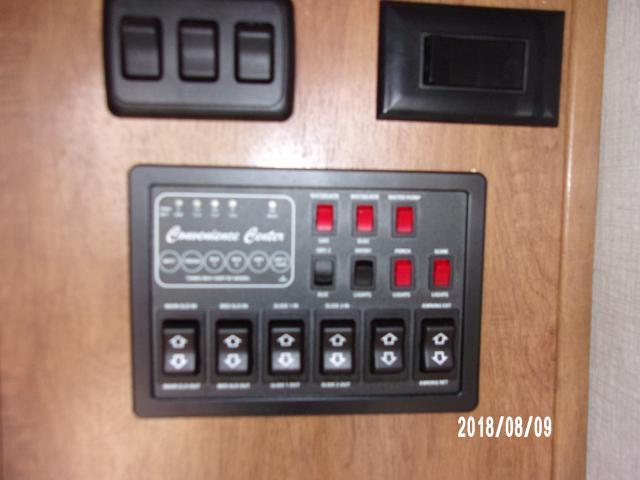 Coachmen-2019-Chaparral-381RD